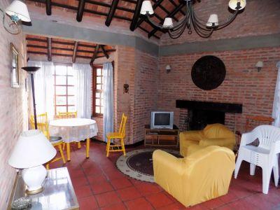Casa Codigo #CHALET EN PINARES!!