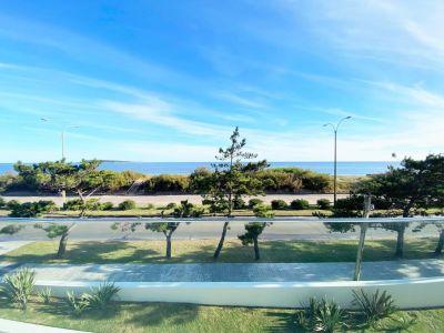 Apartamento 2 dormitorios, Punta del Este, Playa Mansa, Venta