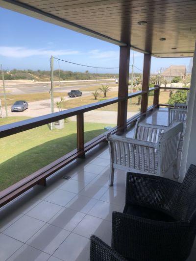 Venta de apartamento de 3 dormitorios en Punta de Este