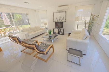Casa en Montoya a la venta y alquiler