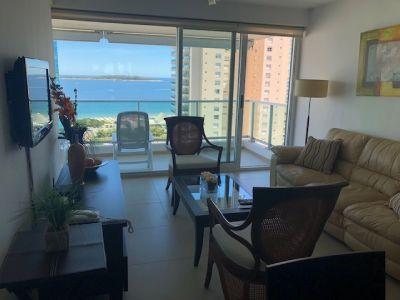 Hermoso apartamento en la mansa, con ESPECTACULAR vista a la playa!