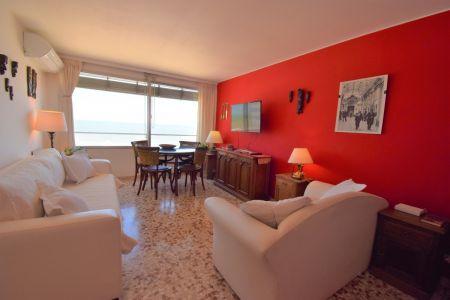Oportunidad de apartamento en peninsula!!