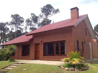 Casa Codigo #MUY LINDA CASA IDEAL PARA VIVIR TODO EL AÑO