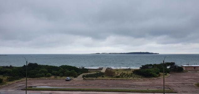 Apartamento de Lujo frente a la Playa Mansa