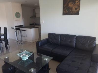 apartamento en zona de Aidy Grill con parrillero en Terraza