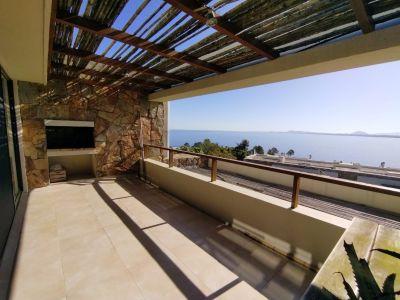 Apartamento en Alquiler, Punta Ballena y todo el atardecer, 2 Dormitorios.
