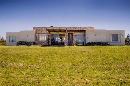 Casa en venta El Quijote Chacras