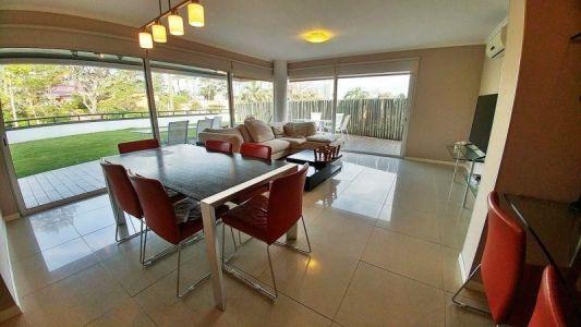 Apartamento en venta Punta Del Este 4 dormitorios
