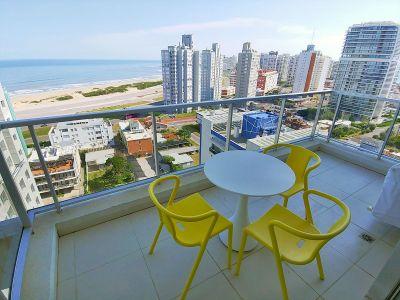 Apartamento en torre con servicios a pasos del mar
