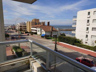 Venta Apartamento 2 Dormitorios, con vista al mar y losa radiante Peninsula, Punta del Este
