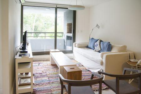 Apartamento de 1 dormitorio y medio, a la venta, en Punta del Este