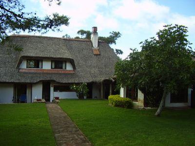 Amplia casa de 3 dormitorios en Pinares, Punta del Este
