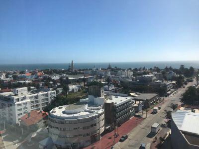Apartamento en Península 2 dormitorios con vista al Puerto