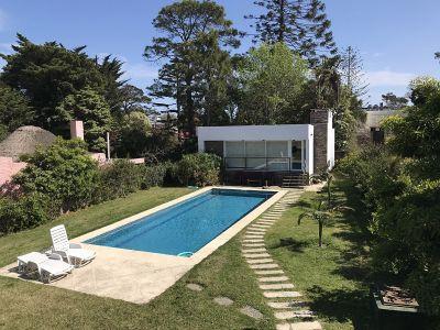Casa en Mansa 4 dormitorios con piscina y barbacoa