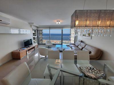 Espectacular Apartamento en Imperiale con vista a la Brava