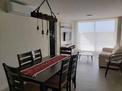 Apartamento 2 dormitorios con 2 baños excelente ubicación