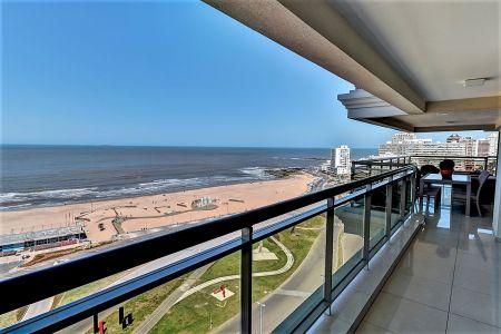 Espectacular semipiso en venta, Punta del Este, Oportunidad, Luxury