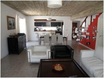 Venta Casa en La Barra, 3 dormitorios 3 baños (2 en suite)