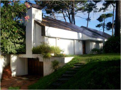 Muy buena casa sobre Pedragosa Sierra consulte!