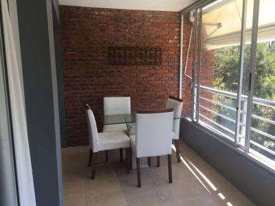 Apartamento en alquiler anual en Punta del Este de 1 dormitorio con parrillero propio