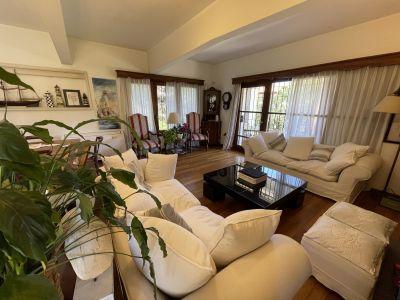 Muy buena casa en Mansa a la venta, permuta por menor valor en Buenos Aires
