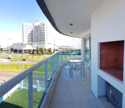 Espectacular Apartamento de 4 Dormitorios en ZONA ENJOY