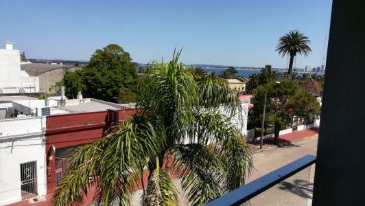 En la zona de Altos del Puerto y a pasos del inicio de Avda. Gorlero.