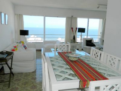 IMPERDIBLE !!! Apartamento en Peninsula, 2 dormitorios *
