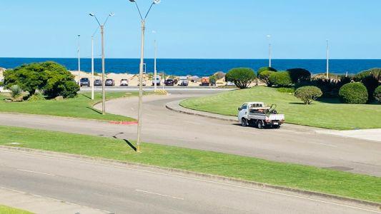 Playa Brava - 2 dormitorios fte al Mar