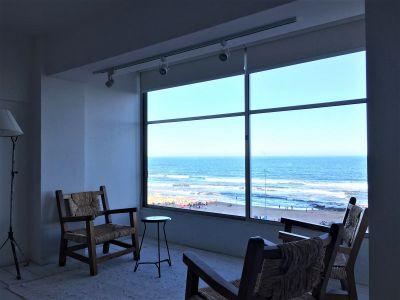 Apartamento Codigo #Apartamento en venta y alquiler de temporada en Punta del Este, Península, frente al mar