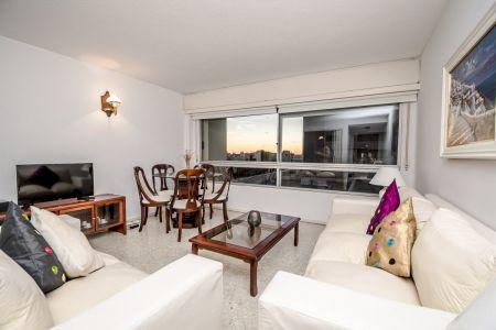 Oportunidad en Venta, Punta del Este - Apartamento de Tres Dormitorios