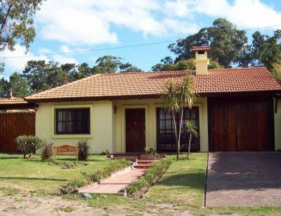 Excelente casa en Venta y Alquiler 4  dormitorios