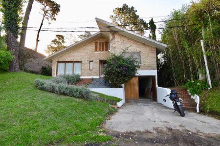 Casa en Venta Pinares oportunidad! Consulte