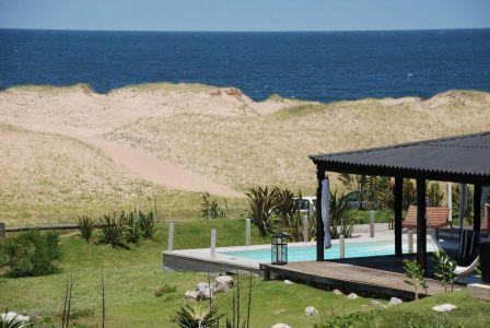 Excelente casa sobre el mar - Las Grutas -Punta Ballena - PUNTA DEL ESTE