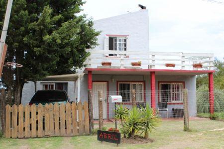 Casa en Venta en Balneario Buenos Aires a 250 metros de la Playa 125.000 USD